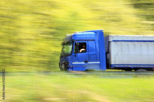 truck - panning