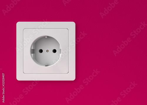steckdose auf brombeerfarbener wand von typomaniac lizenzfreies foto 32028407 auf. Black Bedroom Furniture Sets. Home Design Ideas