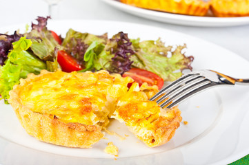 Mini quiche with salad