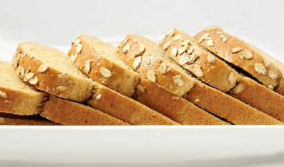 Dilim Dilim Sıcak Ekmek