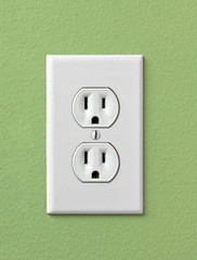 Electrical House Outlet 110- Green
