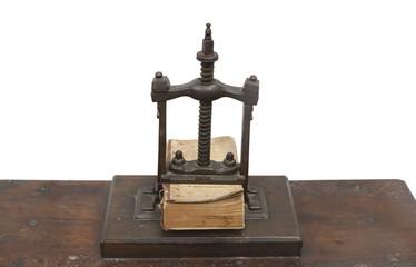prensa antigua de libros