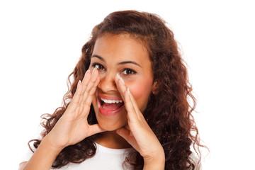 teenager schreit laut
