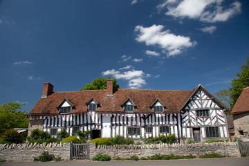 Mary Arden's Farm and house