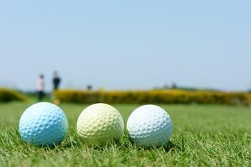 ゴルフボール 青黄白