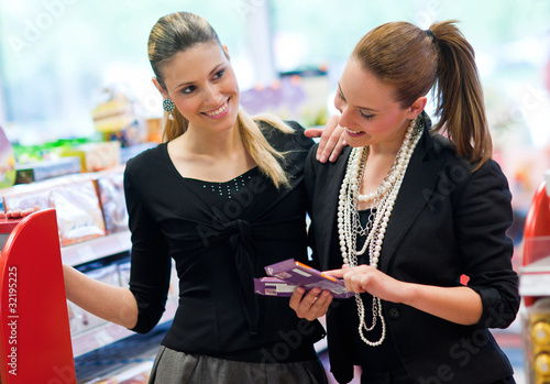 two woman shoping
