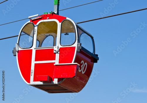 Seilbahn Gondel rot - Cable Railway red - 32245840