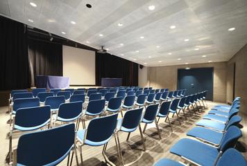 sala conferenza, o per riunioni