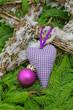 Weihnachten violett dekoriert