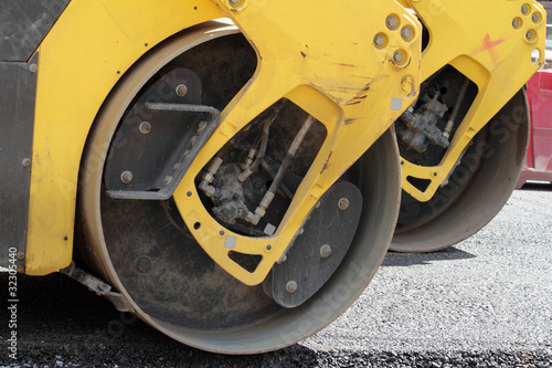 Resurfacing  road  wheel
