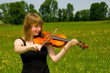 Geigenspielerin