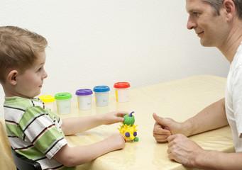 Ergotherapie-Handtherapie mit Knete
