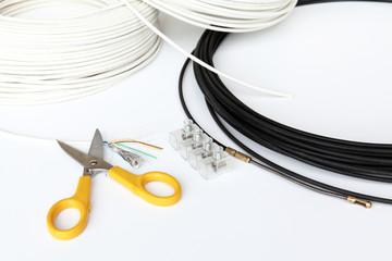 cavi e forbici per elettricista