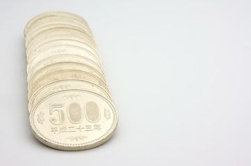 日本通貨500円玉整列