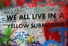 """Постер, картина, фотообои """"We All Live in a Yellow Submarine Graffiti"""""""