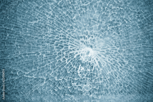broken glass - 32410474