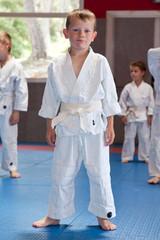 Jeune garçon pratiquant le Judo en Club