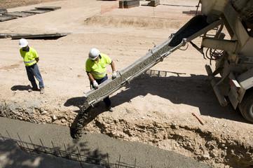 discharging concrete