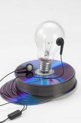 Discos ópticos de 02 con foco  bombilla  © Nelson Hernández che