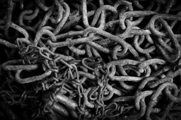 Rusty chain texture in black and white