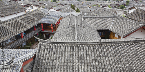 traditional chinese houses in lijiang, yunnan, china