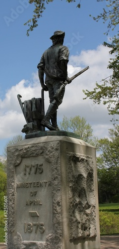 minuteman at the old north bridge