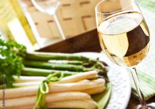 Aluminium Wijn Weißwein - grüner und weißer Spargel