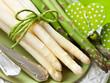 Spargel - grün und weiß