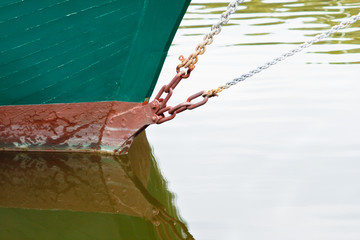 ship's bow rigging