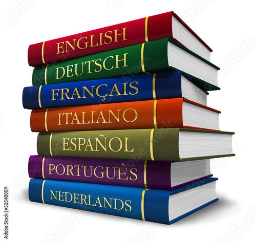 Stapel Wörterbücher