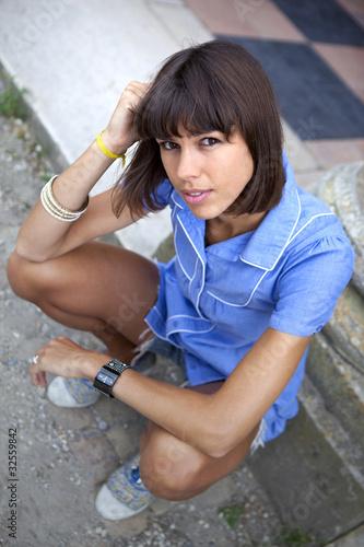 jeune femme jolie s duisante charme mod le adulte pose de jacques palut photo libre de. Black Bedroom Furniture Sets. Home Design Ideas