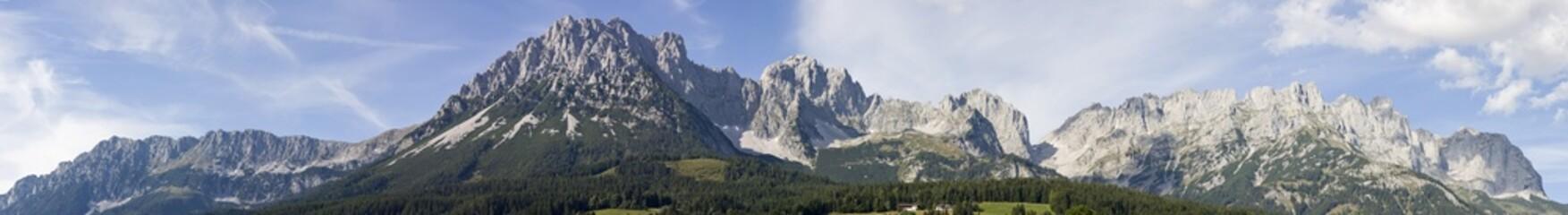 panorama vom wilden kaiser in österreich