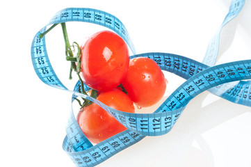 tomato with measurement