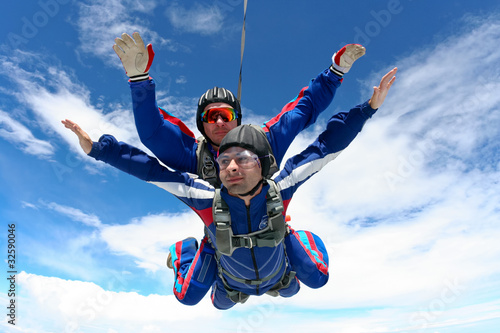 Skydiving photo - 32590046