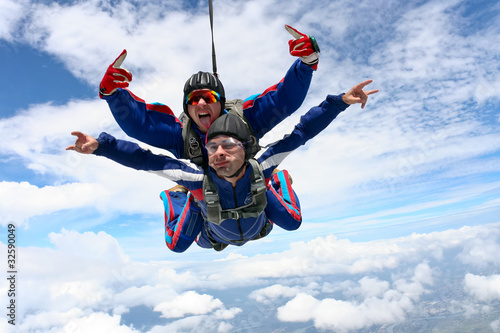Skydiving photo - 32590049