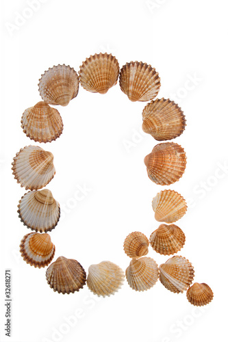 isolated shell letter Q