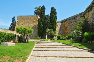 Archaeological Walk, with monumental roman walls, in Tarragona,