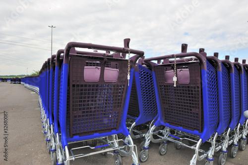 Caddies hypermarché