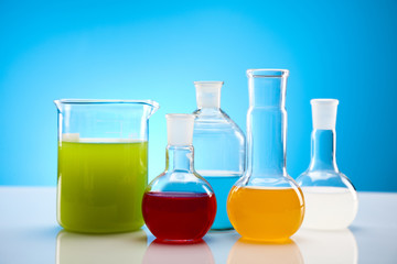 Chemical laboratory glassware equipment