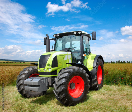 tractor - 32798040