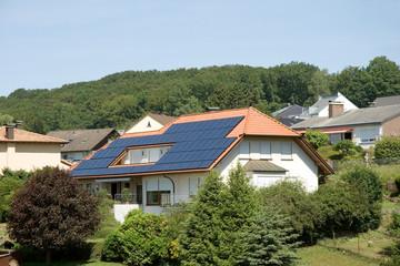 Wohnhaus mit Solar