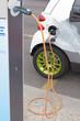 """Elektroauto: bekanntes Serienfahrzeug an der """"Zapfsäule"""""""