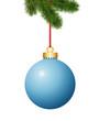 Tannenzweig mit hellblaue Weihnachtskugel
