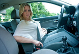 pregnant woman using safety belt