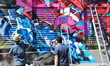 Fototapete Fassade - Backstein - Graffiti