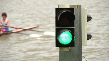 Start signal at a rowing regatta