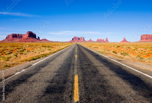 Highway 163 in Monument Valley - 32876897
