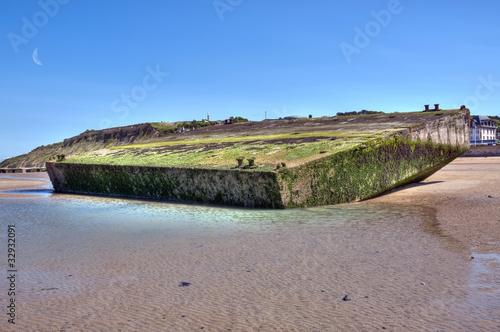 Arromanches le port artificiel et ses caissons phoenix de olivier rault photo libre de droits - Port artificiel d arromanches construction ...