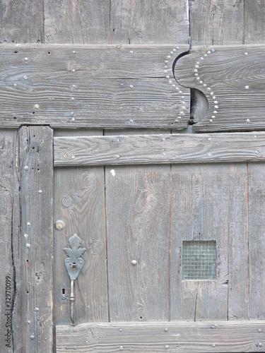 porte de grange du Bugey