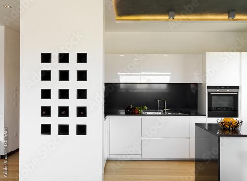 Lussuosa moderna cucina bianca di adpephoto foto stock for Abbonamento a cucina moderna